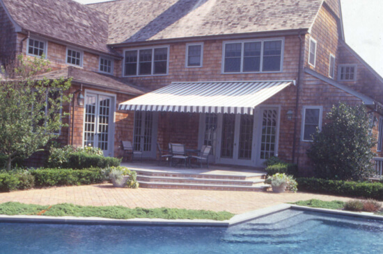 Residential Buildings Benefit From Retractable Awnings